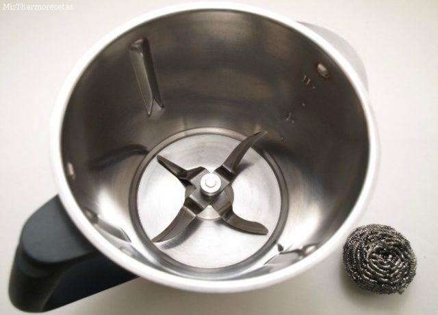 Como limpiar el vaso de la thermomix