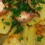 Patatas a lo pobre en la Thermomix