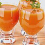 Zumo devoragrasas de papaya, melon y piña con thermomix