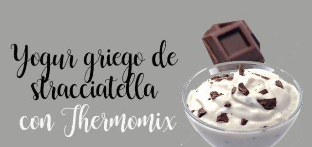 Yogur griego de stracciatella Thermomix