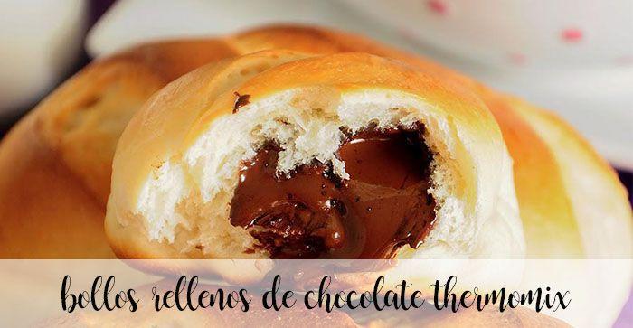 Bollos rellenos de chocolate con Thermomix