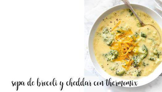Sopa de cheddar y brócoli con thermomix