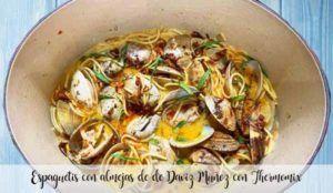 Espaguetis con almejas de Daviz Muñoz con Thermomix