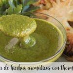 Salsa de hierbas aromáticas con thermomix