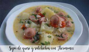 Sopa de queso y salchichas con Thermomix