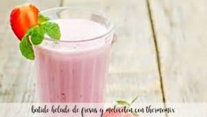 batido helado de fresas y melocoton con thermomix
