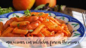 Macarrones con salchichas frescas con Thermomix