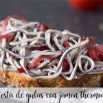 Tosta de gulas con jamón con Thermomix